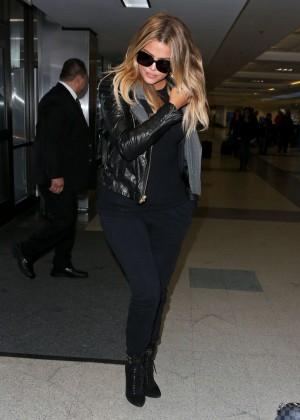Khloe Kardashian Booty in Jeans -24