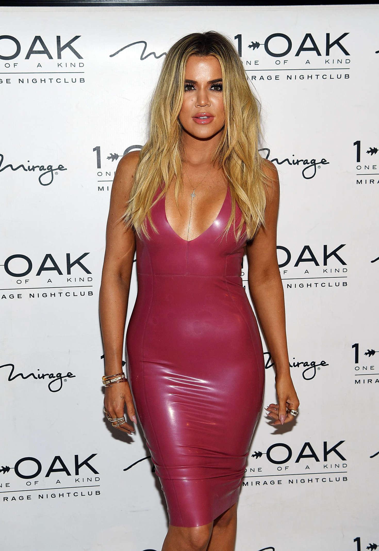 Khloe Kardashian at Scott Disick Birthday in Las Vegas