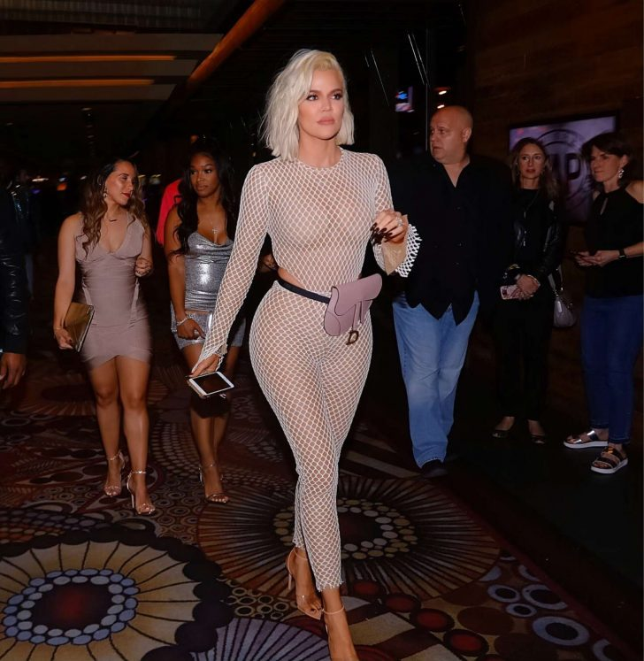 Khloe Kardashian - Celebrates her best friend's birthday in Las Vegas