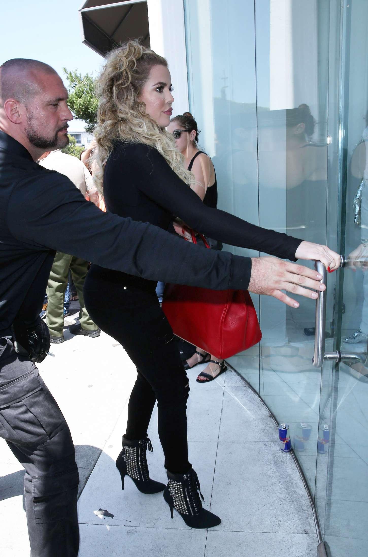 Khloe Kardashian 2015 : Khloe Kardashian at DASH Store -09