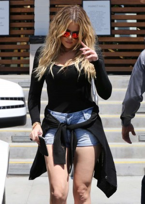 Khloe Kardashian in Denim Shorts Filming in Augora Hills