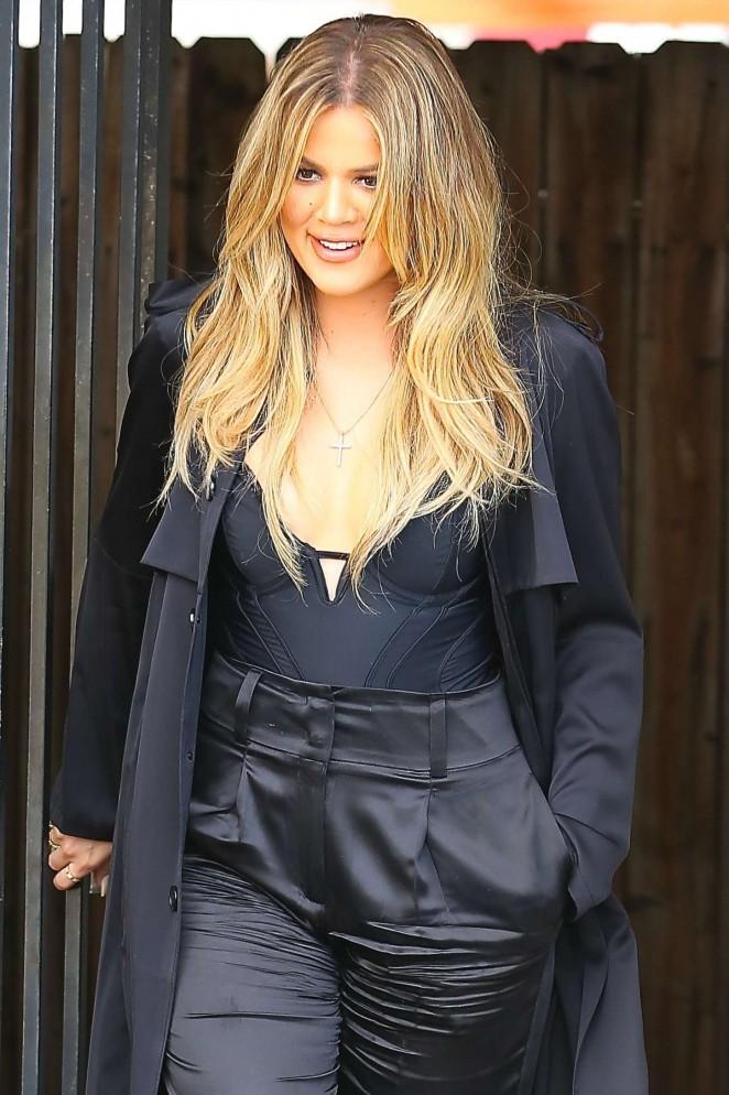 Khloe Kardashian - Filming in LA