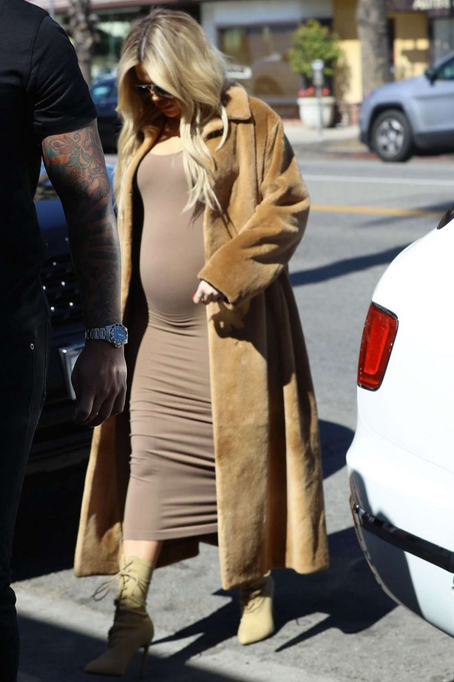 Khloe Kardashian in Long Coat - Arrives at a A Baby Shop in Los Angeles