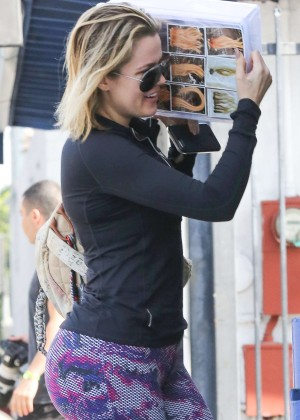 Khloe Kardashian in Purple Tights out in Van Nuys