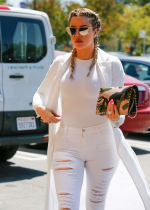 Khloe Kardashian in Ripped Jeans out in Calabasas