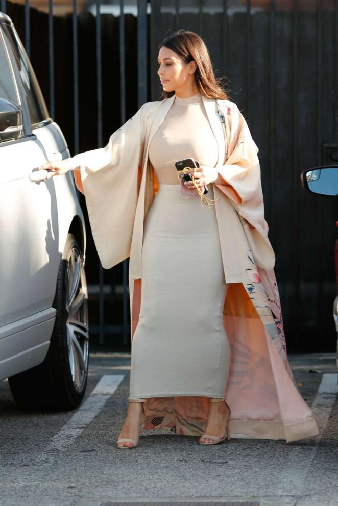 Khloe Kardashian in Tight Dress Leaves a Studio -06
