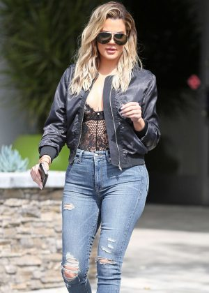 Khloe Kardashian Leaves the studio in Westlake Village