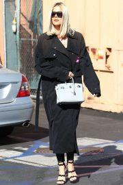 Khloe Kardashian - Leaving Emilio's Trattoria Italian restaurant in Encino