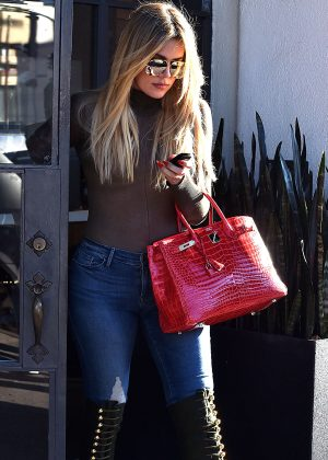 Khloe Kardashian - Leaving Meche Salon in Beverly Hills