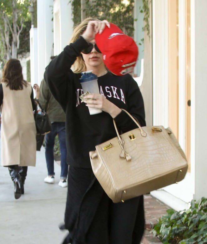 Khloe Kardashian out in Beverly Hills -03