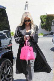 Khloe Kardashian - Running errands in Encino