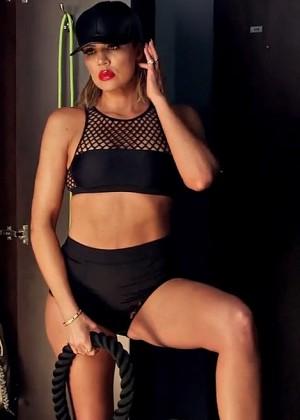 Khloe Kardashian - Shape 2016 (Behind the Scenes)