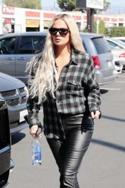 Khloe Kardashian - Shopping at Aldicks Christmas in Van Nuys
