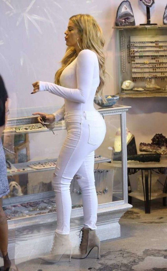 Khloe Kardashian in Tight Jeans Shopping in West Hollywood