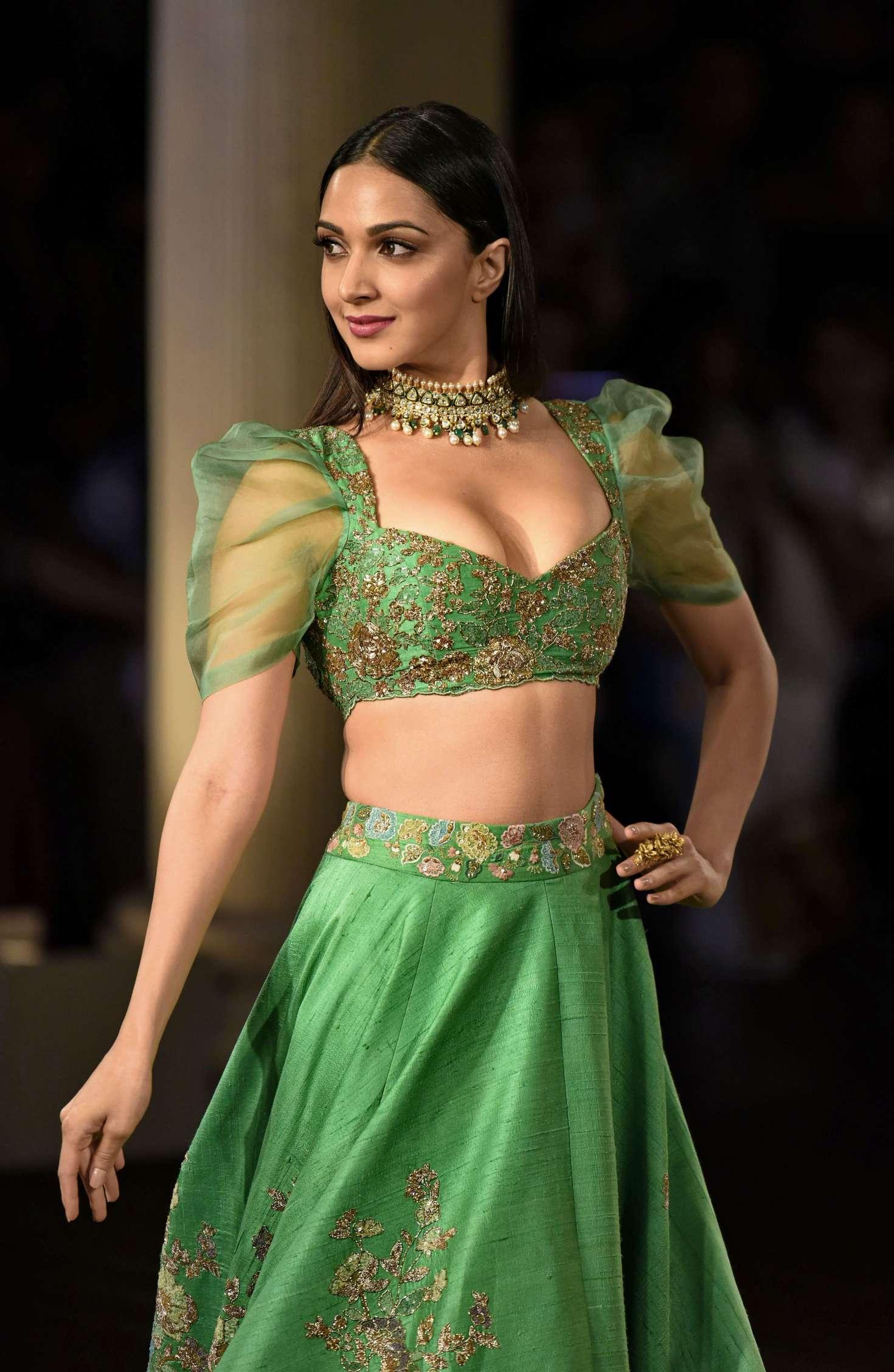 Kiara Advani naked (32 foto and video), Ass, Fappening, Twitter, panties 2020