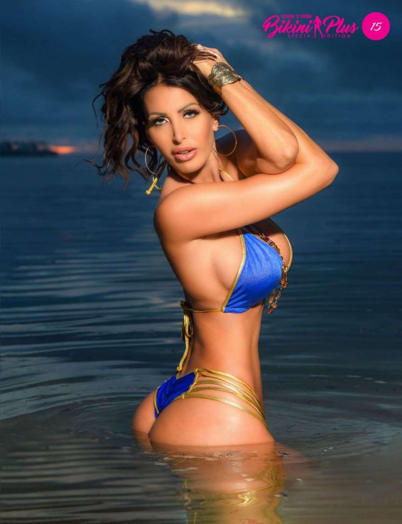 Selfie Kiera Ribeiro nude (36 photo), Instagram