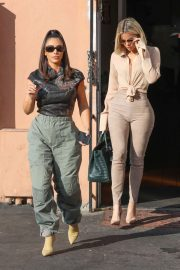 Kim and Khloe Kardashian - Leave Emilio's Trattoria after lunch in Encino