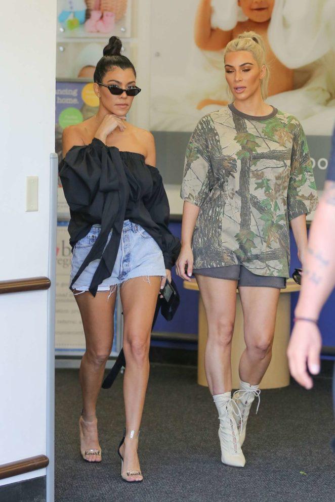 Kim And Kourtney Kardashian Shopping At Buybuy Baby 13 Gotceleb