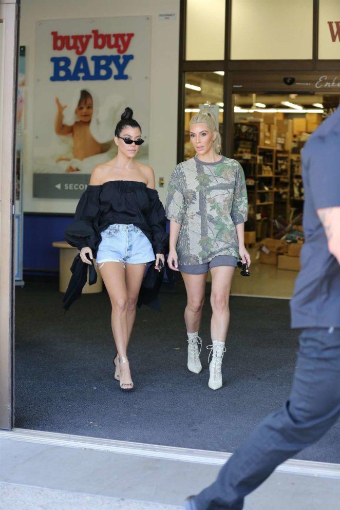 Kim And Kourtney Kardashian Shopping At Buybuy Baby 29 Gotceleb