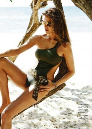 Kim Cloutier: Elle Spain 2015 -08