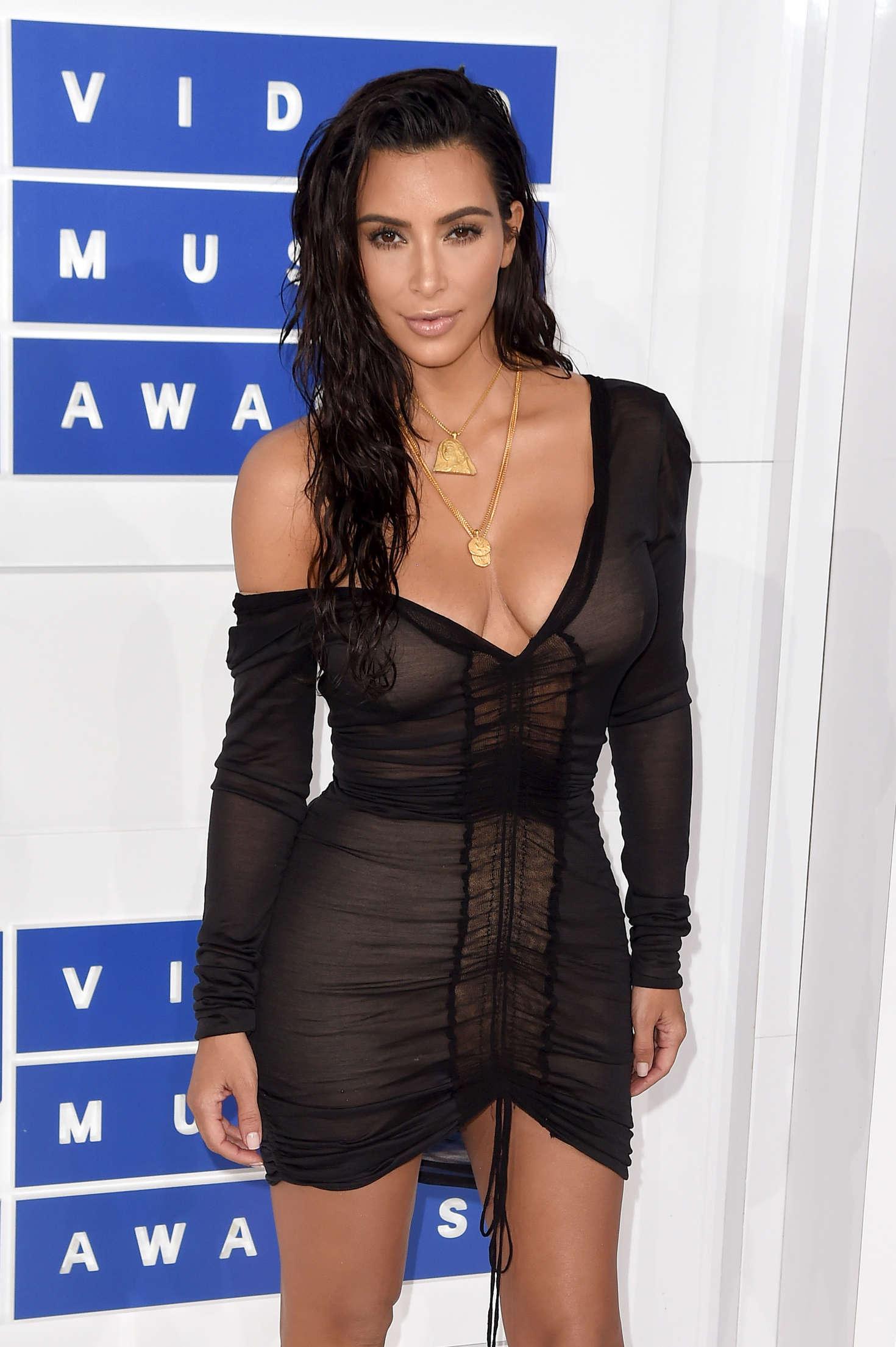 Ny Fashion Week Kim Kardashian Nude