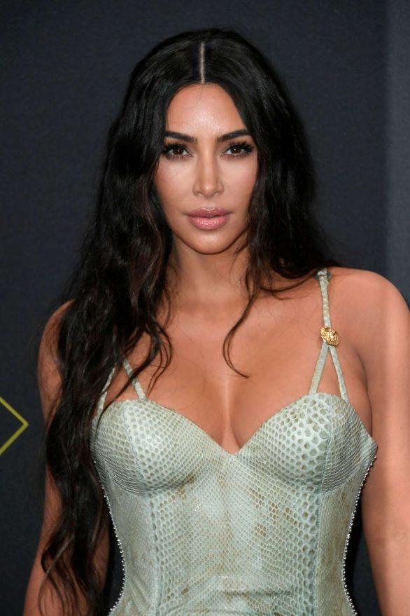 Kim Kardashian 2019 : Kim Kardashian – 2019 E! Peoples Choice Awards in Santa Monica-32