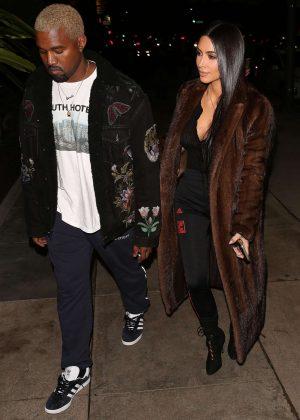 Kim Kardashian and Kanye West arrives to eat in LA