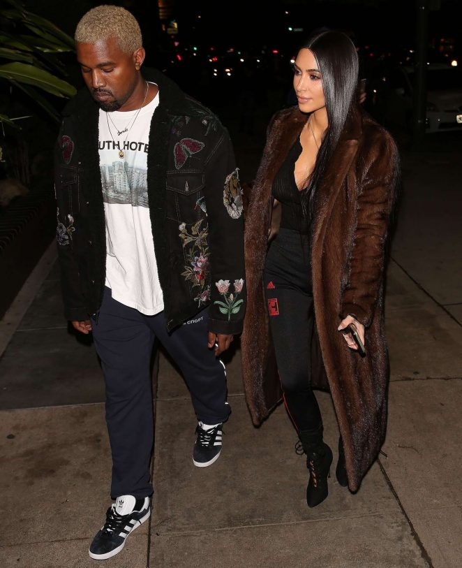 Kim Kardashian and Kanye West arrives to eat in LA