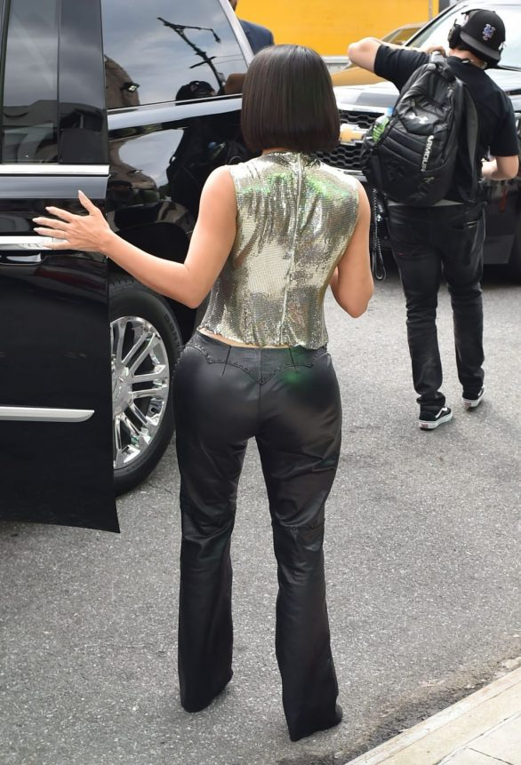 Uncategorized 2019 : Kim Kardashian arrives at a fashion show in New York during New York Fashion Week 2019-09