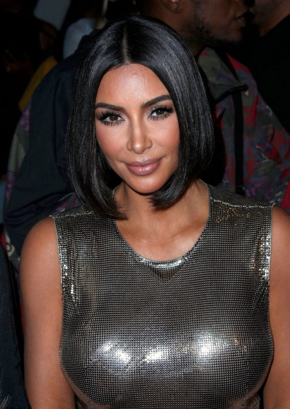 Uncategorized 2019 : Kim Kardashian arrives at a fashion show in New York during New York Fashion Week 2019-14