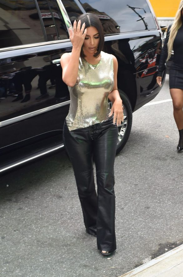 Uncategorized 2019 : Kim Kardashian arrives at a fashion show in New York during New York Fashion Week 2019-38