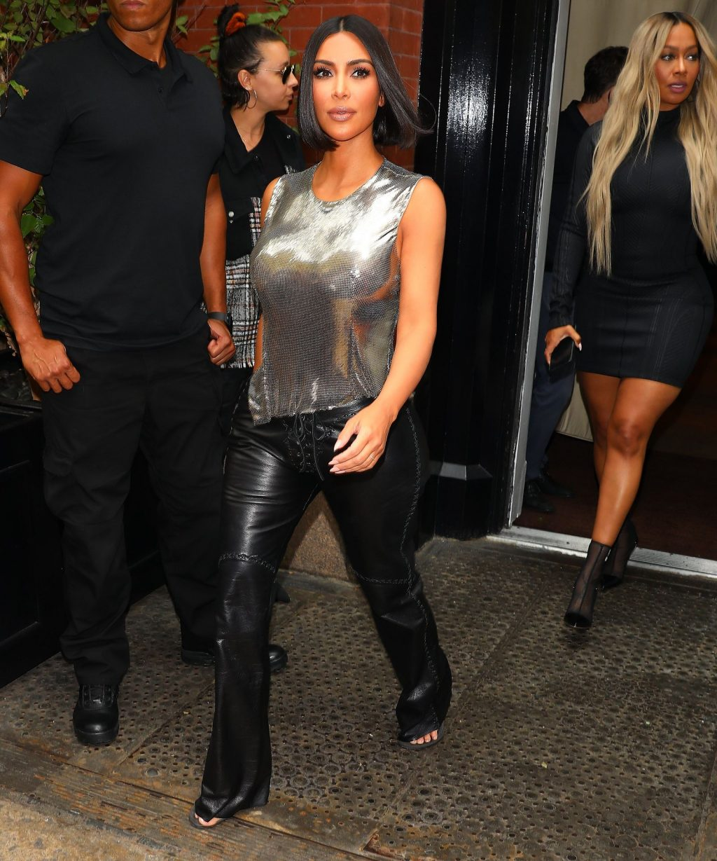 Uncategorized 2019 : Kim Kardashian arrives at a fashion show in New York during New York Fashion Week 2019-75
