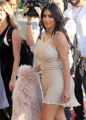 Kim Kardashian - Arrives at Kanye West Concert in Los Angeles