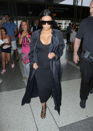 Kim Kardashian: Arrives at Los Angeles International Airport -08