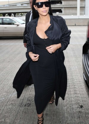 Kim Kardashian: Arrives at Los Angeles International Airport -12