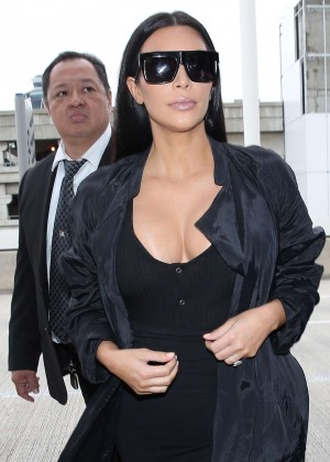 Kim Kardashian: Arrives at Los Angeles International Airport -24