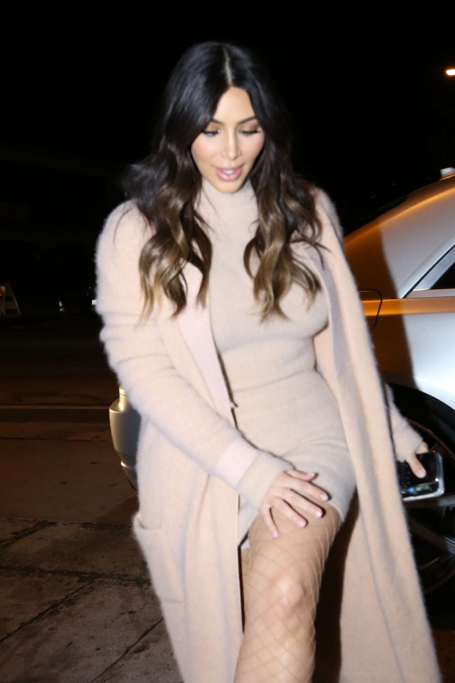 Kim Kardashian - Arriving at Craigs Restaurant in West Hollywood
