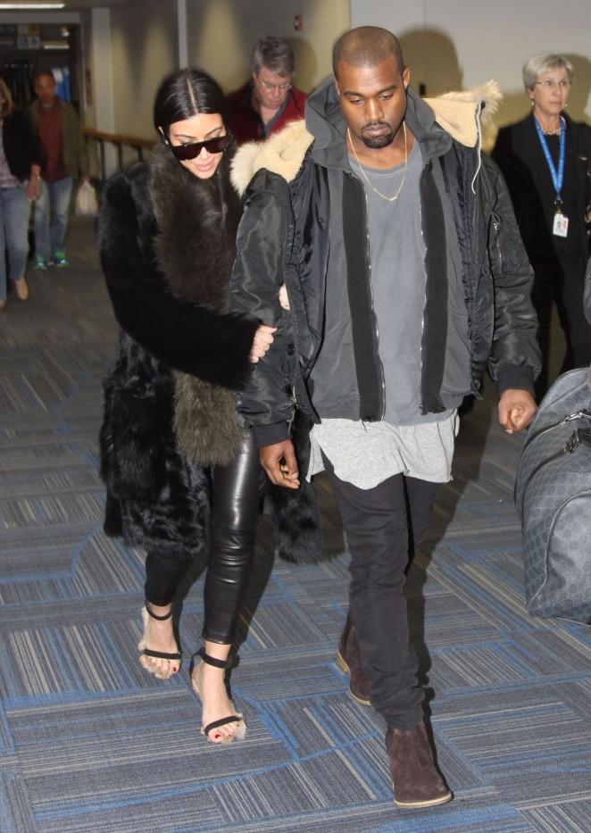 Kim Kardashian at Washington Dulles International Airport -11