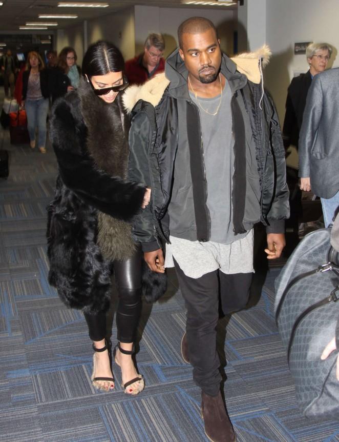 Kim Kardashian at Washington Dulles International Airport -13