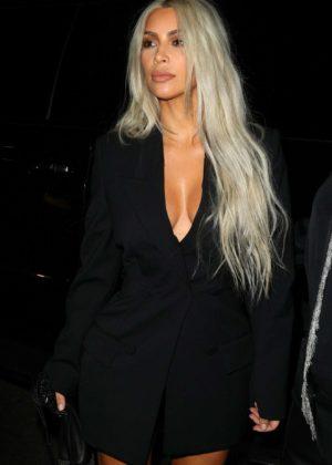 Kim Kardashian - Arriving to the Alexander Wang Fashion show in Brooklyn
