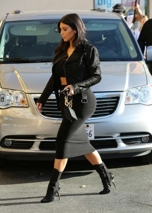 Kim Kardashian in Black Tight Skirt -41