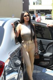 Kim Kardashian at Emilio's Trattoria in California