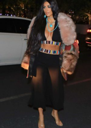 Kim Kardashian - Attends a Cher concert in Las Vegas