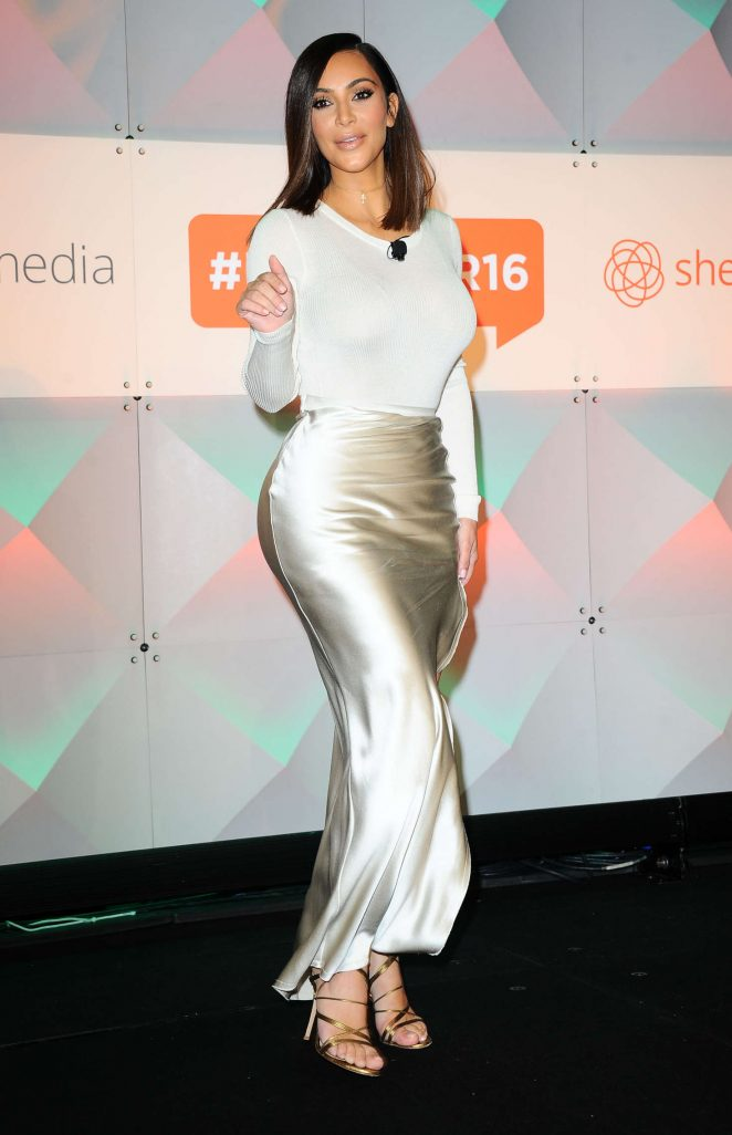 Kim Kardashian - #BlogHer16 Experts Among US Conference in Los Angeles