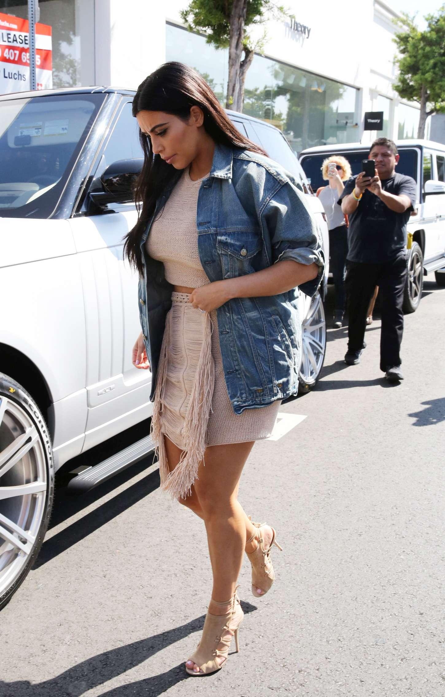 Kim Kardashian 2015 : Kim Kardashian in Short Dress -02