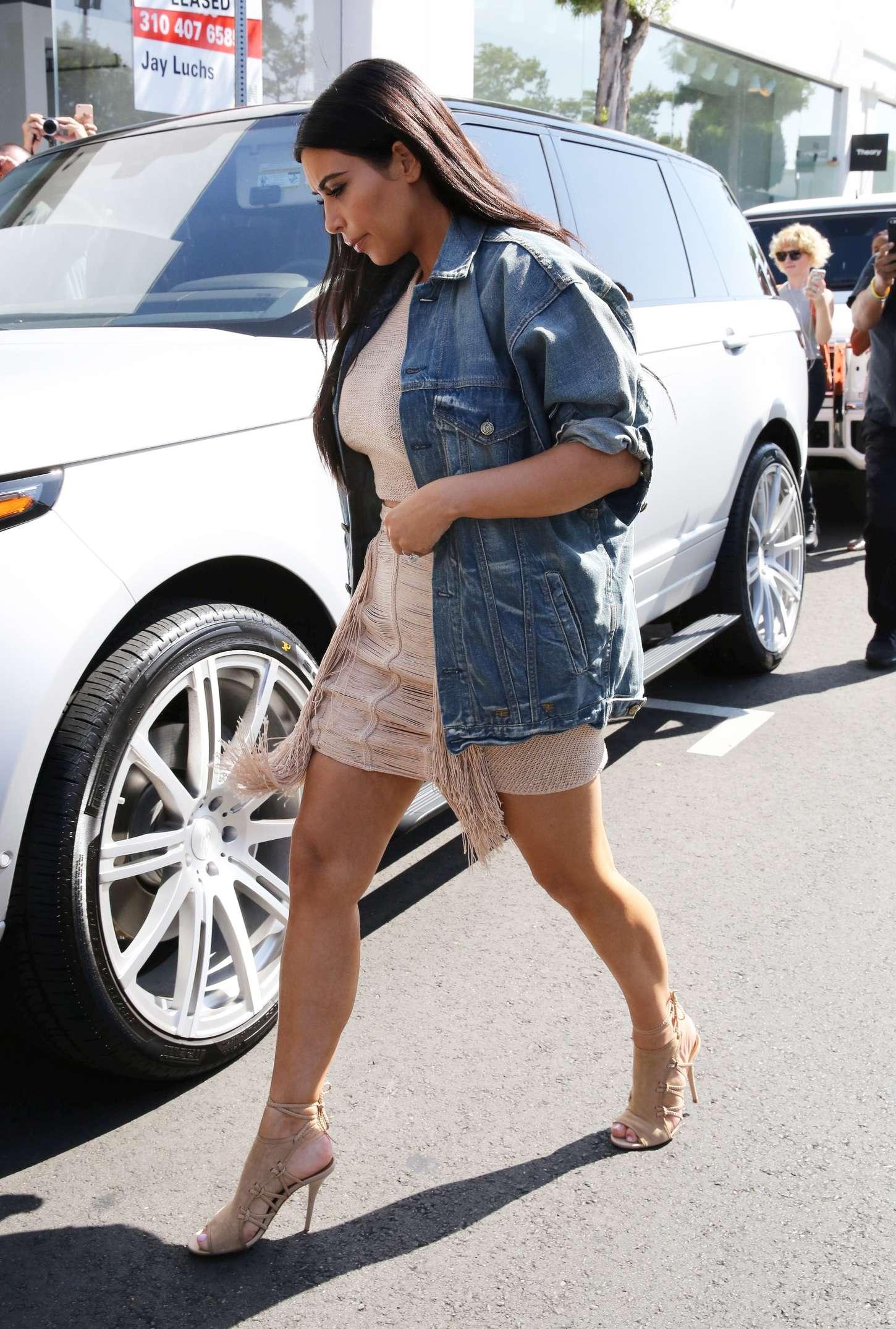 Kim Kardashian 2015 : Kim Kardashian in Short Dress -09
