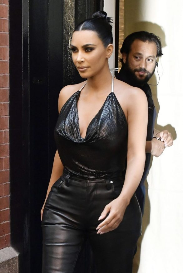 Kim Kardashian dressed in leather arriving at Jimmy Fallon show in New York