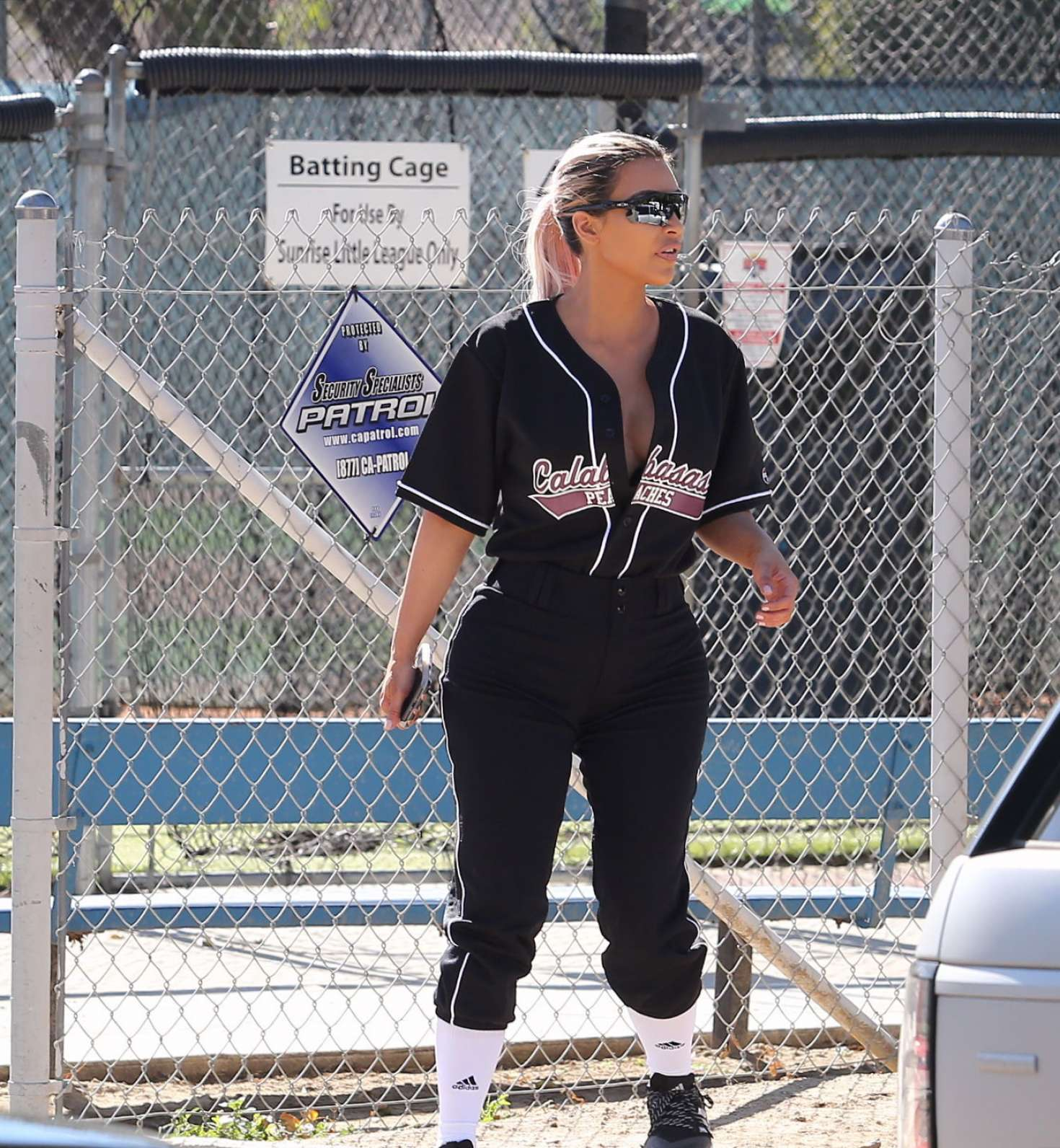 Kim Kardashian - Filming a KUWTK with a baseball game in LA