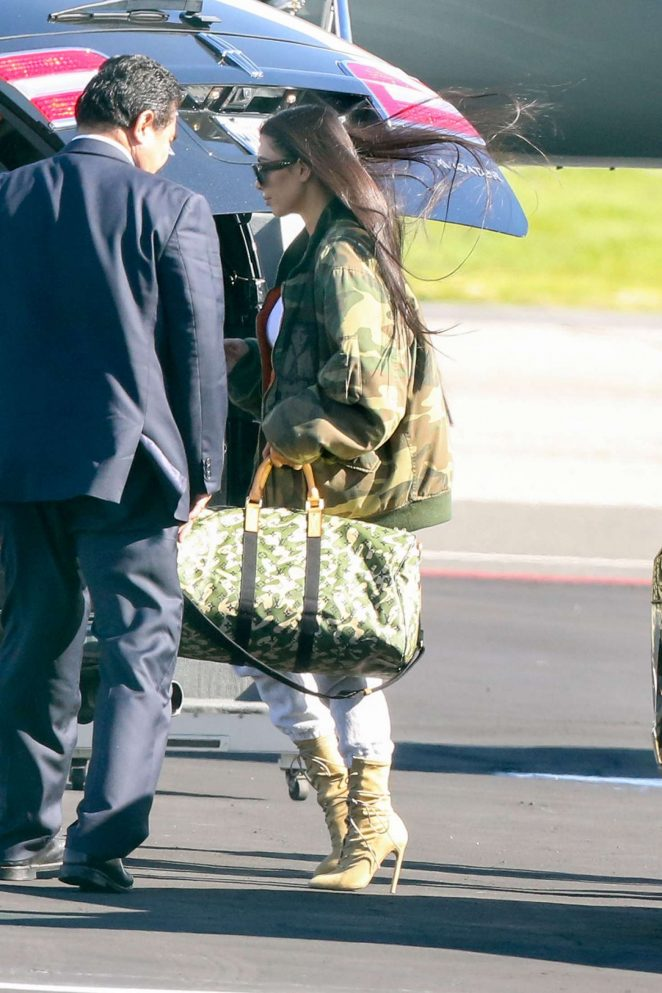 Kim Kardashian heads out to Costa Rica