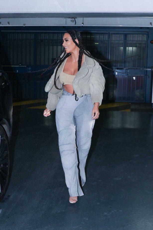 Kim Kardashian - Heads to the Yeezy Show in Paris